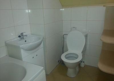 Podkroví - koupelna